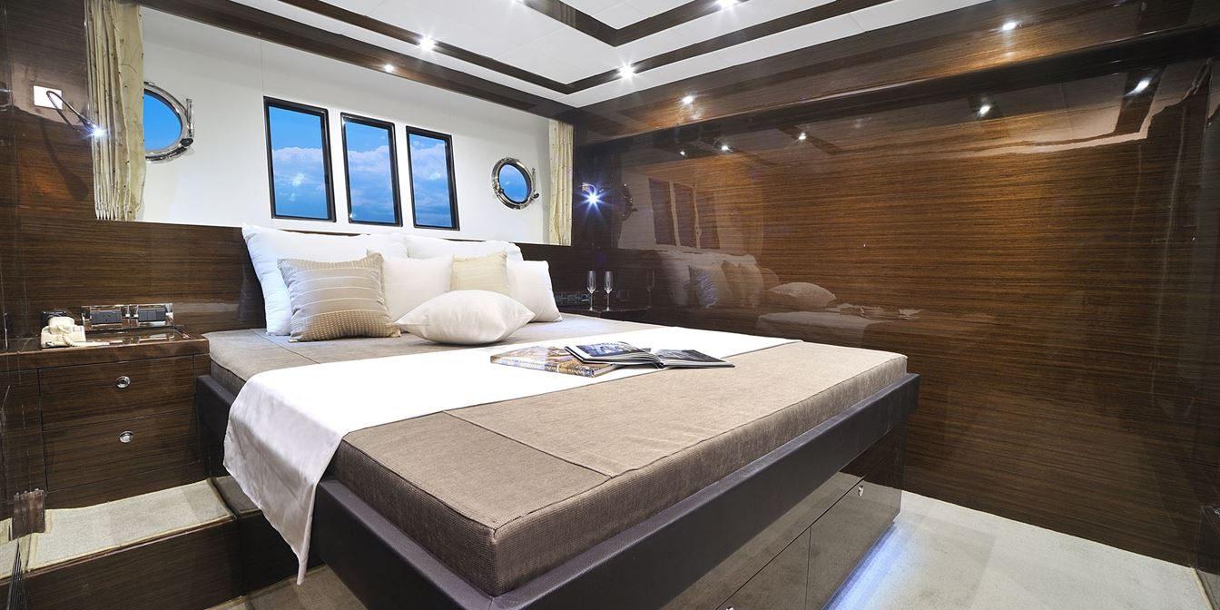 D52 Interior Hull79 1 7