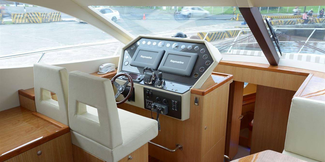 D52 Interior Hull81 6