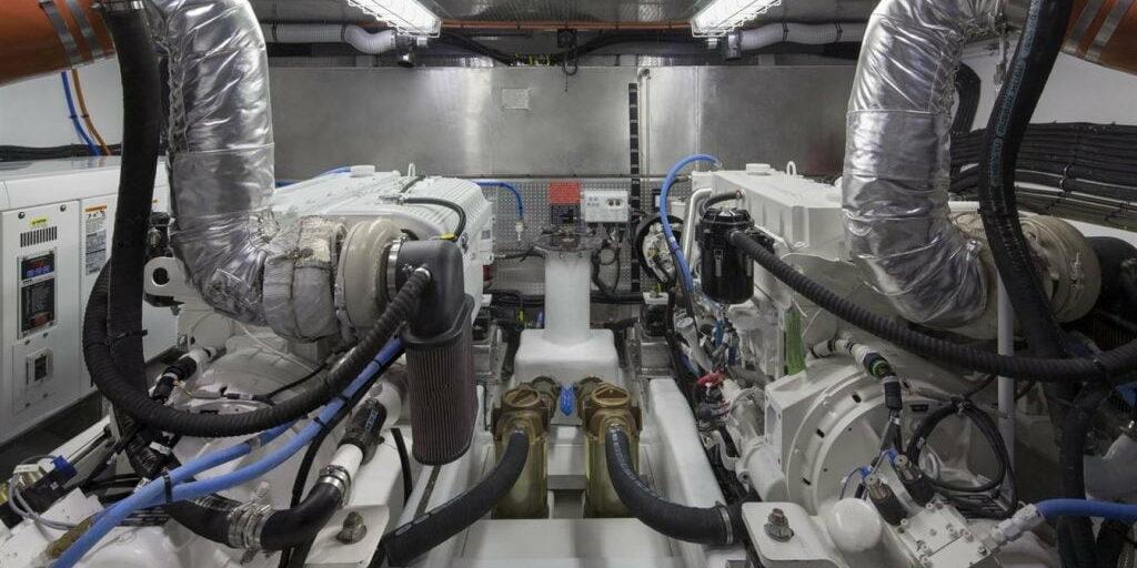 D63 Interior Hull11 Engines